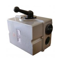 Разъединитель QS5-63P/4 4P 63А I-0-II (перекидной)